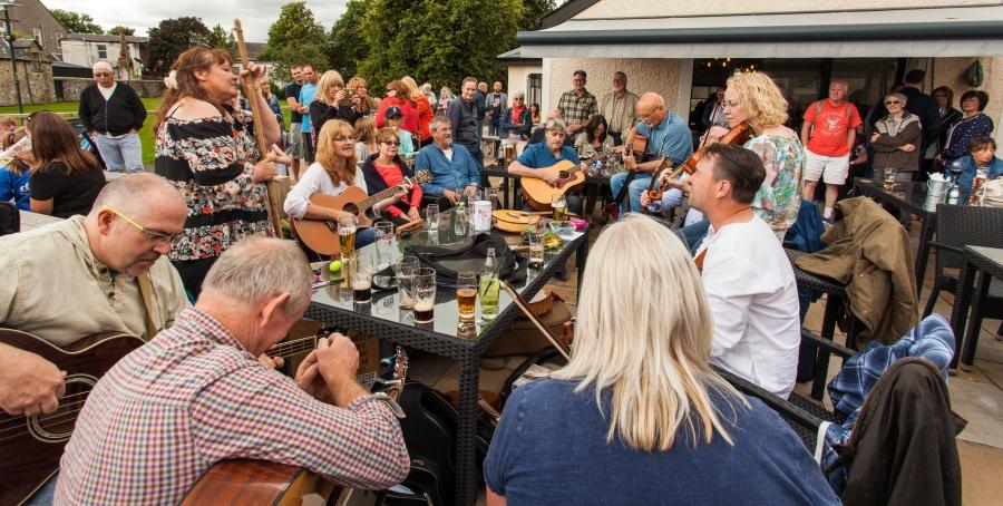 Strathaven Folk Festival-7770